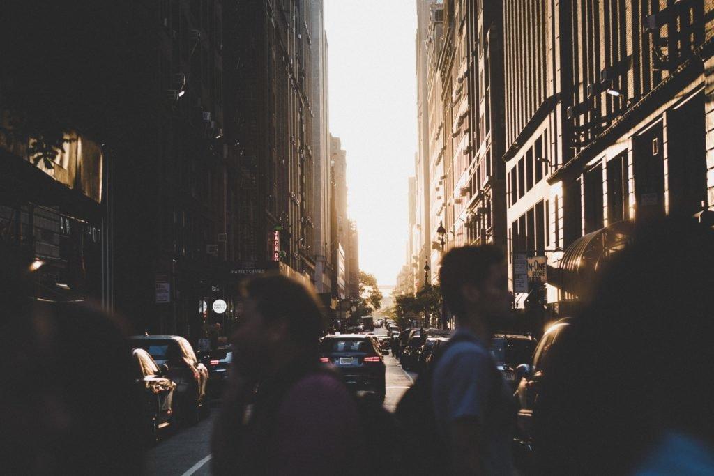 Retrouver une personne croisée dans la rue