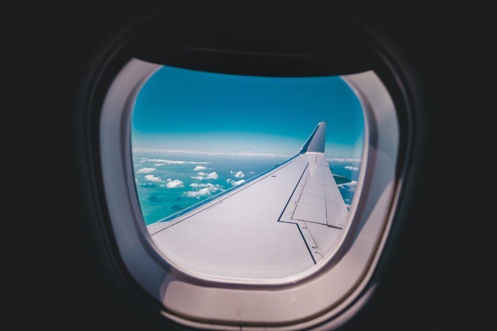 Retrouver une personne croisée dans l'avion